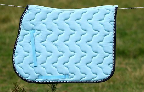 Tapis De Selle Derby Bleu Clair Magasin Cheval De Luxe